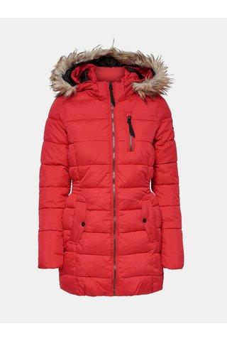 Červený prošívaný kabát s umělým kožíškem ONLY