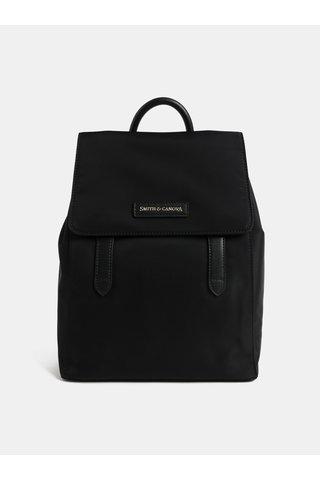 Černý elegantní batoh s klopou Smith & Canova