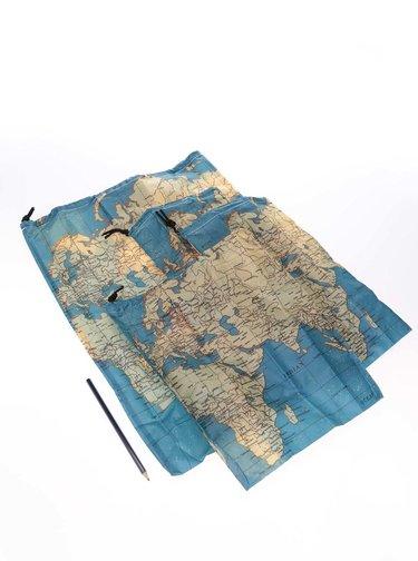 Kolekcia štyroch cestovných vakov s potlačou mapy Kikkerland Maps