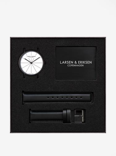 Hodinky s černým koženým páskem LARSEN & ERIKSEN