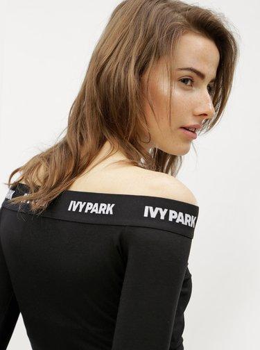 Černý crop top s odhalenými rameny Ivy Park