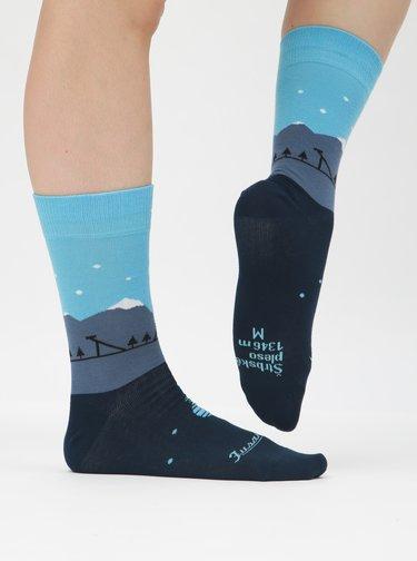 Tmavě modré ponožky se vzorem Fusakle Štrbské pleso