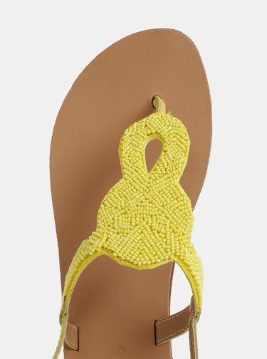 Žluté kožené sandály s korálky Pieces Carmensia
