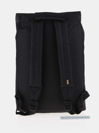 Černý batoh se sponou na patent Spiral Tribeca 14 l