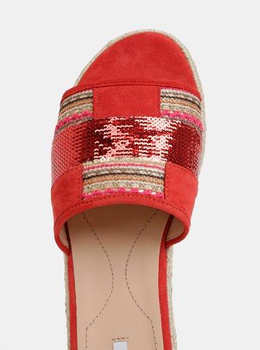 Papuci rosii de dama din piele intoarsa Geox Kolleen