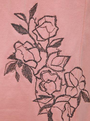 Růžové šaty s výšivkou adidas Originals Tee