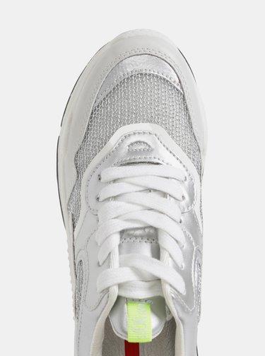 Dámské tenisky ve stříbrné barvě s.Oliver