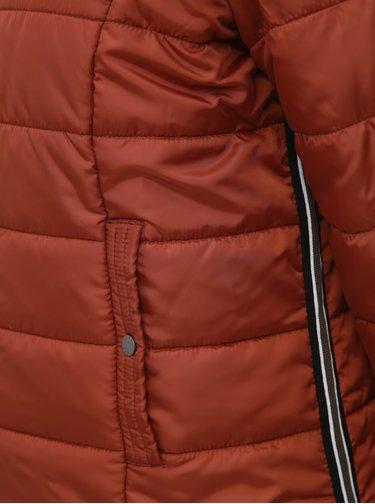 Hnědá zimní prošívaná bunda VERO MODA Simone