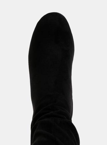 Černé nízké kozačky v semišové úpravě Tamaris