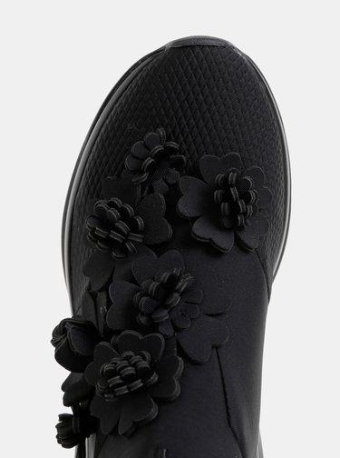 Čierne kvetované tenisky Tamaris