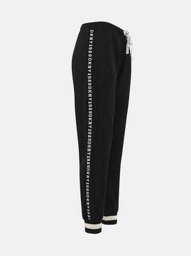 Černé tepláky DKNY