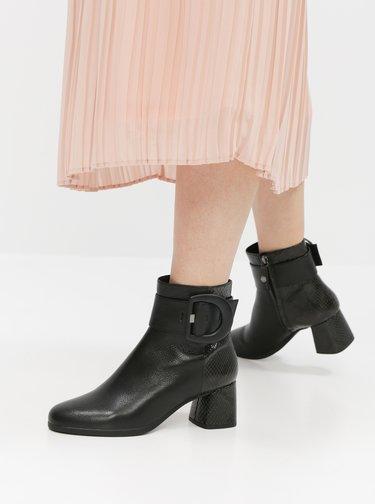 Čierne dámske kožené členkové topánky s hadím vzorom Geox Calinda