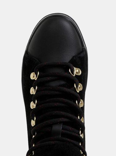 Černé dámské semišové kotníkové boty GANT Aurora