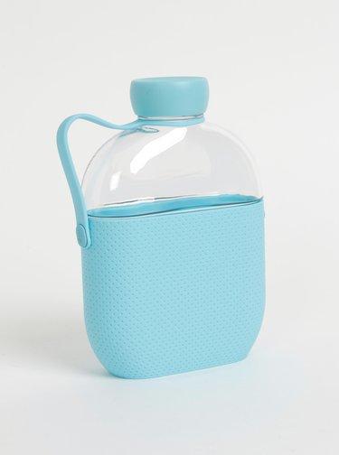Fľaša na vodu s modrým bodkovaným silikonovým obalom HIP 650 ml