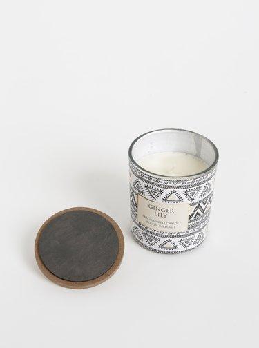 Bílá vzorovaná svíčka s vůní zázvoru a lilie SIFCON