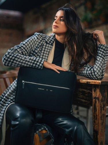 Čierny obal na notebook Alexmonhart
