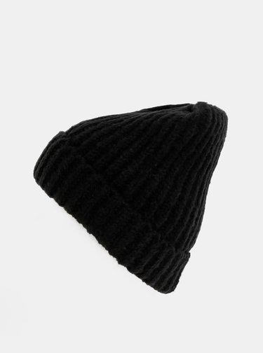 Čierna čiapka Pieces Silina