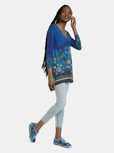 Modrý vzorovaný dlhý sveter Desigual