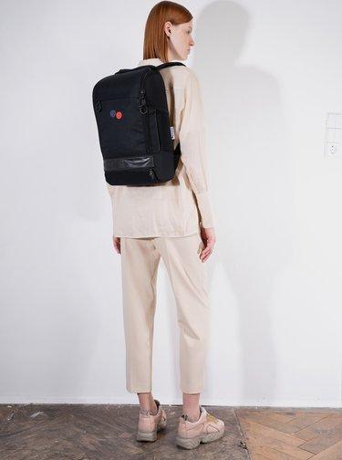 Černý batoh pinqponq Cubik 19 l