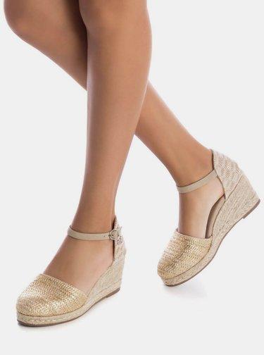 Sandálky na plnom podpätku v zlato-béžovej farbe Xti