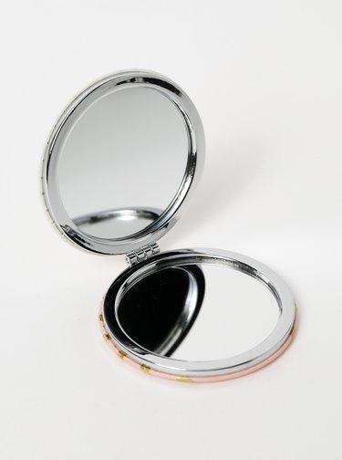 Biele kompaktné zrkadielko s potlačou CGB Drama Queen