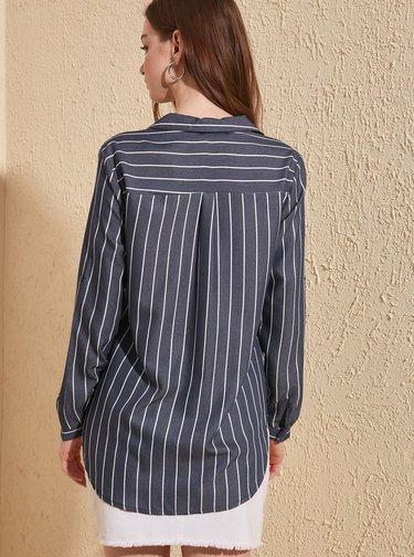 Tmavomodrá pruhovaná košeľa Trendyol
