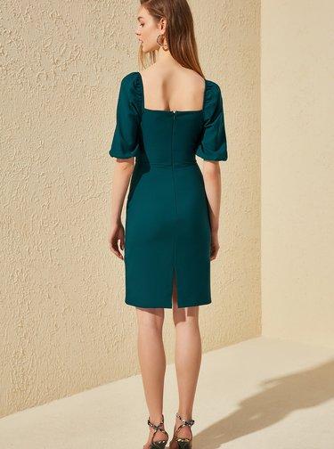 Tmavozelené šaty Trendyol