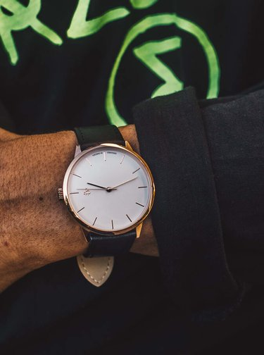 Dámske hodinky s čiernym remienkom z veganskej kože CHPO Khorshid Mini
