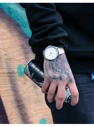 Hodinky s nerezovým páskem ve stříbrné barvě CHPO Nando Silver