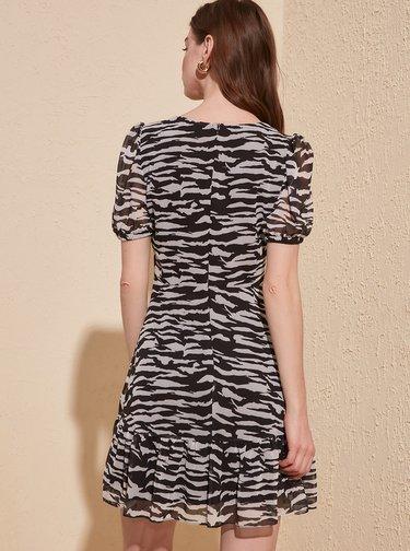 Černé vzorované šaty Trendyol