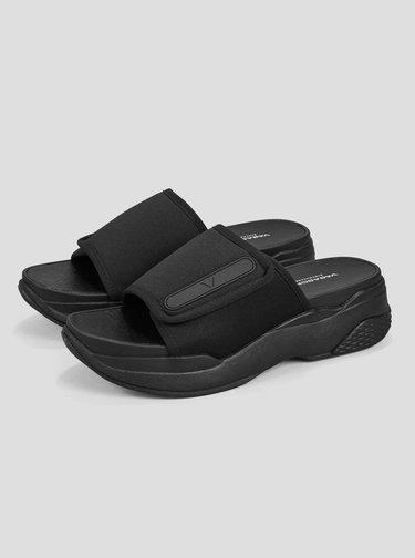 Černé dámské pantofle na platformě Vagabond Lori