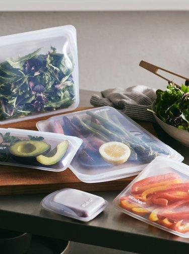 Transparentný silikónový sáčok na potraviny Stasher Snack 293 ml