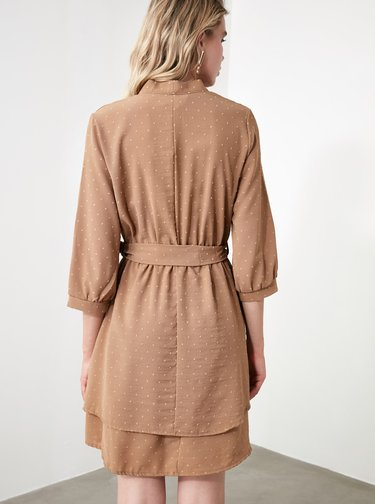 Hnědé šaty s drobným vzorem Trendyol