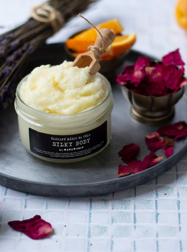 Veganské šlehané tělové máslo Almara Soap Silky Body 190 ml