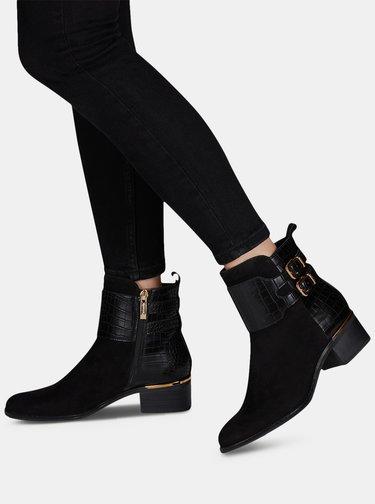Černé semišové kotníkové boty s hadím vzorem Tamaris