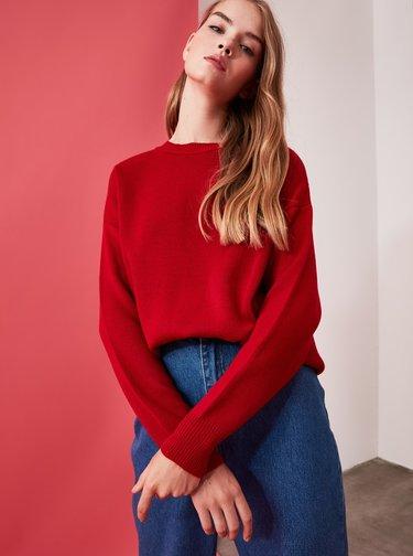 Červený svetr Trendyol