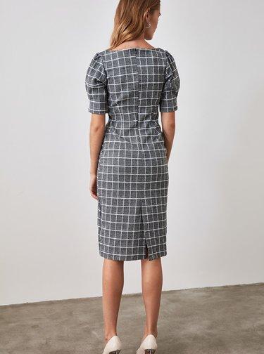 Šedé kockované púzdrové šaty Trendyol