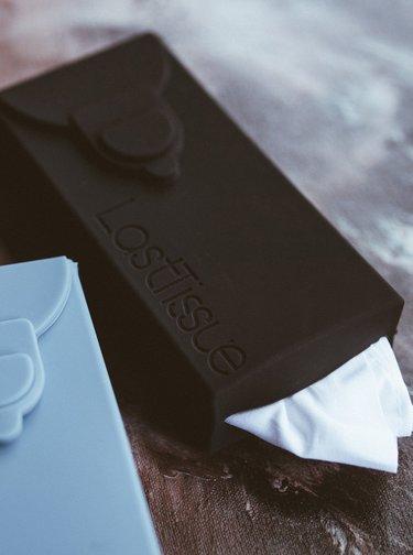 Znovupoužitelné kapesníčky v černém obalu LastSwab