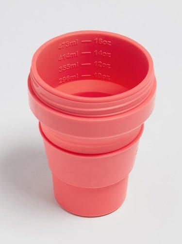 Ružový cestovný skladací kelímok Stojo 470 ml