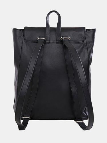 Černý kožený batoh .OBJECT