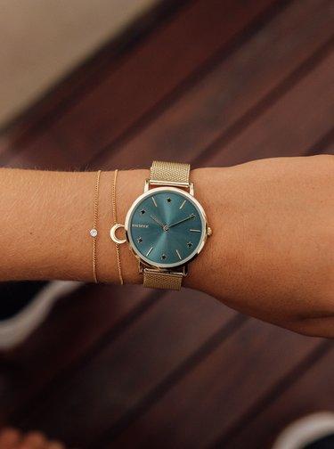 Dámské hodinky s nerezovým páskem ve zlaté barvě Millner Cosmos
