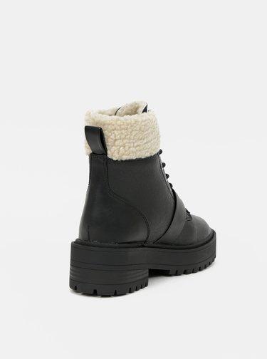 Čierne členkové zimné topánky ONLY