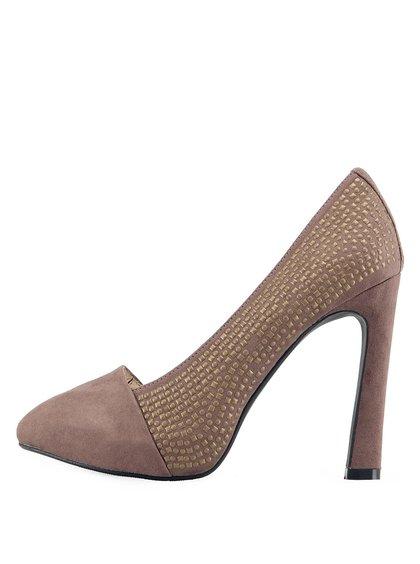 Pantofi maro cu ținte de la Victoria Delef