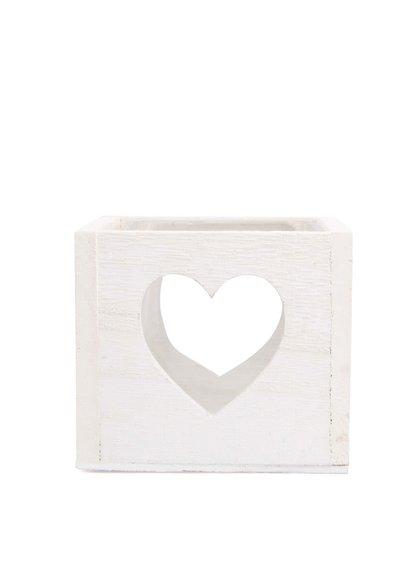 Bílý dřevěný svícen s vyřezanými srdci Dakls