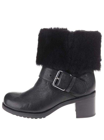 Čierne kožené členkové topánky na podpätku Clarks Pilico Place