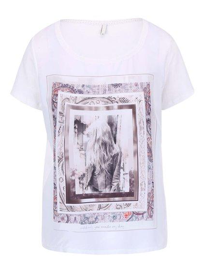 Krémové tričko s potlačou a predĺženým zadným dielom ONLY Rhina