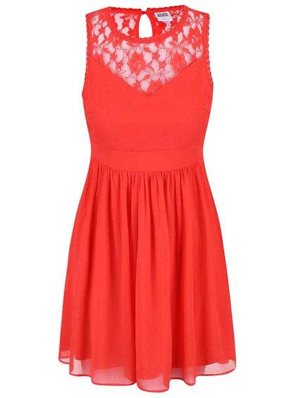 Červené šaty s čipkovaným detailom Vero Moda Aya