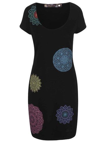 Čierne šaty s farebným vzorom Desigual Aileen