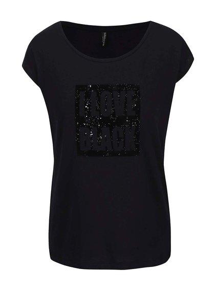 Černé tričko se třpytivou aplikací Madonna