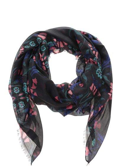 Černý květovaný šátek Vero Moda Naia
